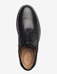 Clarks - Un Geo LaceGTX - buty ze skóry lakierowanej - black leather - 3