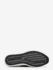Clarks - Un Rio Strap - slip-on sneakers - black leather - 4
