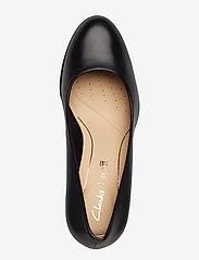 Clarks - Kaylin Cara - klassiske pumps - black leather - 3