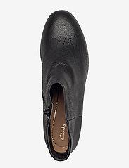 Clarks - Mila Myth - enkellaarsjes met hak - black leather - 3