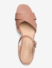 Clarks - Sheer35 Strap - högklackade sandaler - praline leather - 3