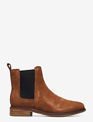 Clarks - Clarkdale Arlo - chelsea boots - tan suede - 1