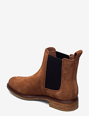 Clarks - Clarkdale Arlo - chelsea boots - tan suede - 2