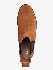 Clarks - Clarkdale Arlo - chelsea boots - tan suede - 3