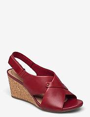 Clarks - Margee Eve - kilklackar - red leather - 0