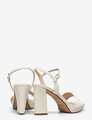Clarks - Vista Strap - högklackade sandaler - white combi - 4