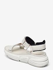 Clarks - TriComet Go - platta sandaler - white leather - 2