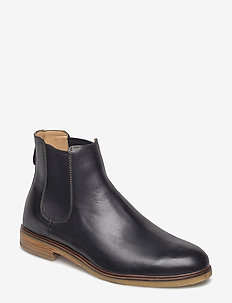 Clarkdale Gobi - chelsea boots - black leather