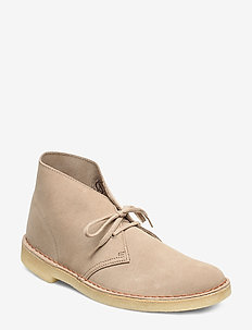 Desert Boot. - SAND SUEDE