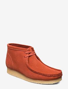 Wallabee Boot - loafers - burnt orange sde