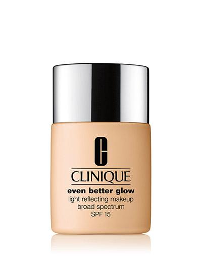 Even Better Glow Light Reflecting Makeup SPF15, Meringue - MERINGUE