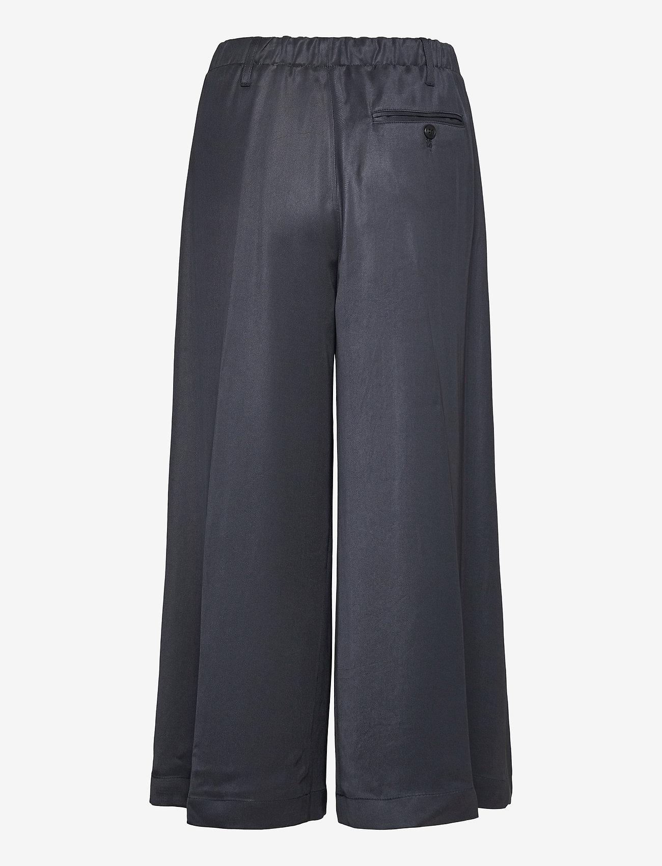 Closed - womens pant - bukser med brede ben - thunder sky - 1