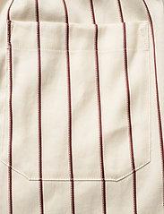 Closed - womens shorts - shorts casual - red sun - 4