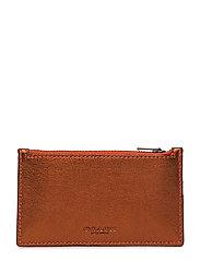Zip Card Case In Glovetanned Leather - METALLIC BRICK/VERMILLION