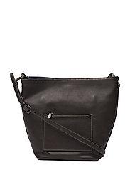 Glovetanned Pebble Leather Duffle Shoulder Bag - BP/CHESTNUT