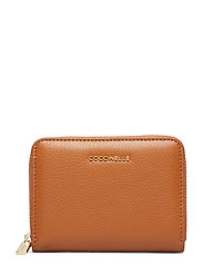 Metallic Soft Bags Card Holders & Wallets Wallets Brun COCCINELLE