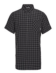 Triple Canyon™ Short Sleeve Shirt - SHARK, GRAPHITE