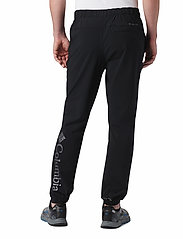 Columbia - Columbia Lodge Woven Jogger - outdoorbukser - black - 3