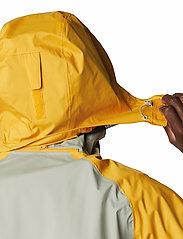 Columbia - Rain Scape Jacket - kurtki turystyczne - safari, bright gold, collegiate navy - 7