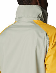 Columbia - Rain Scape Jacket - kurtki turystyczne - safari, bright gold, collegiate navy - 8