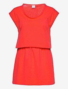 Peak To Point™ II Dress - sportkleider - bright poppy