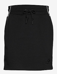 TWISTED VARSITY SKIRT BLK - BLACK