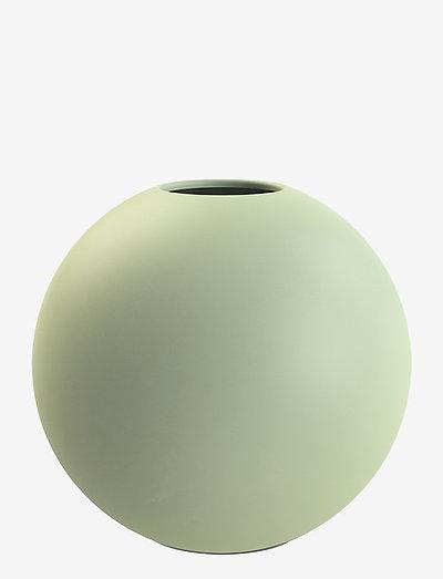 Ball Vase 20cm - osta hinnan perusteella - apple