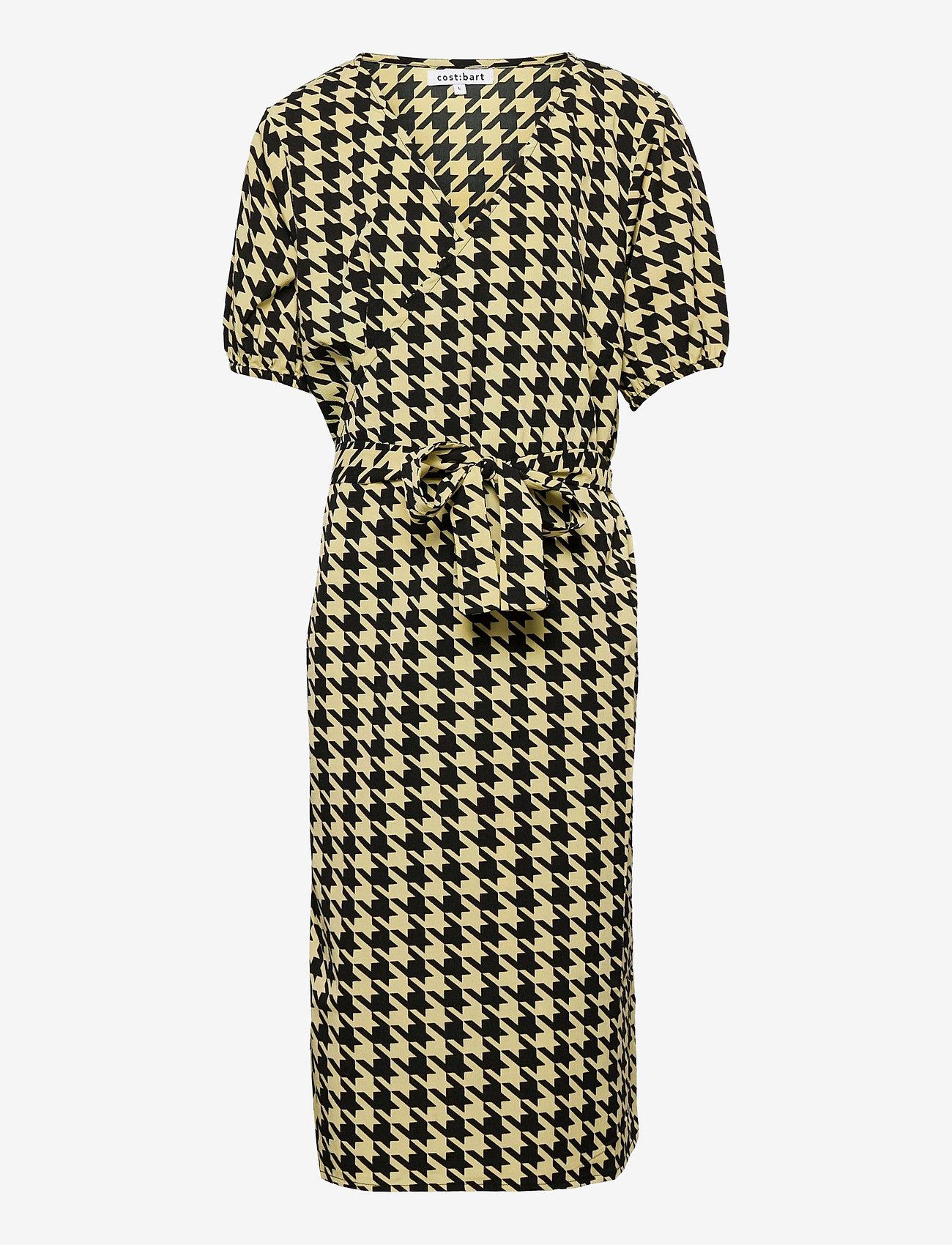 Costbart - NALA SS WRAP DRESS - kleider - pale banana - 0