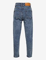 Costbart - MEVI MOM JEANS - jeans - light blue denim wash - 1