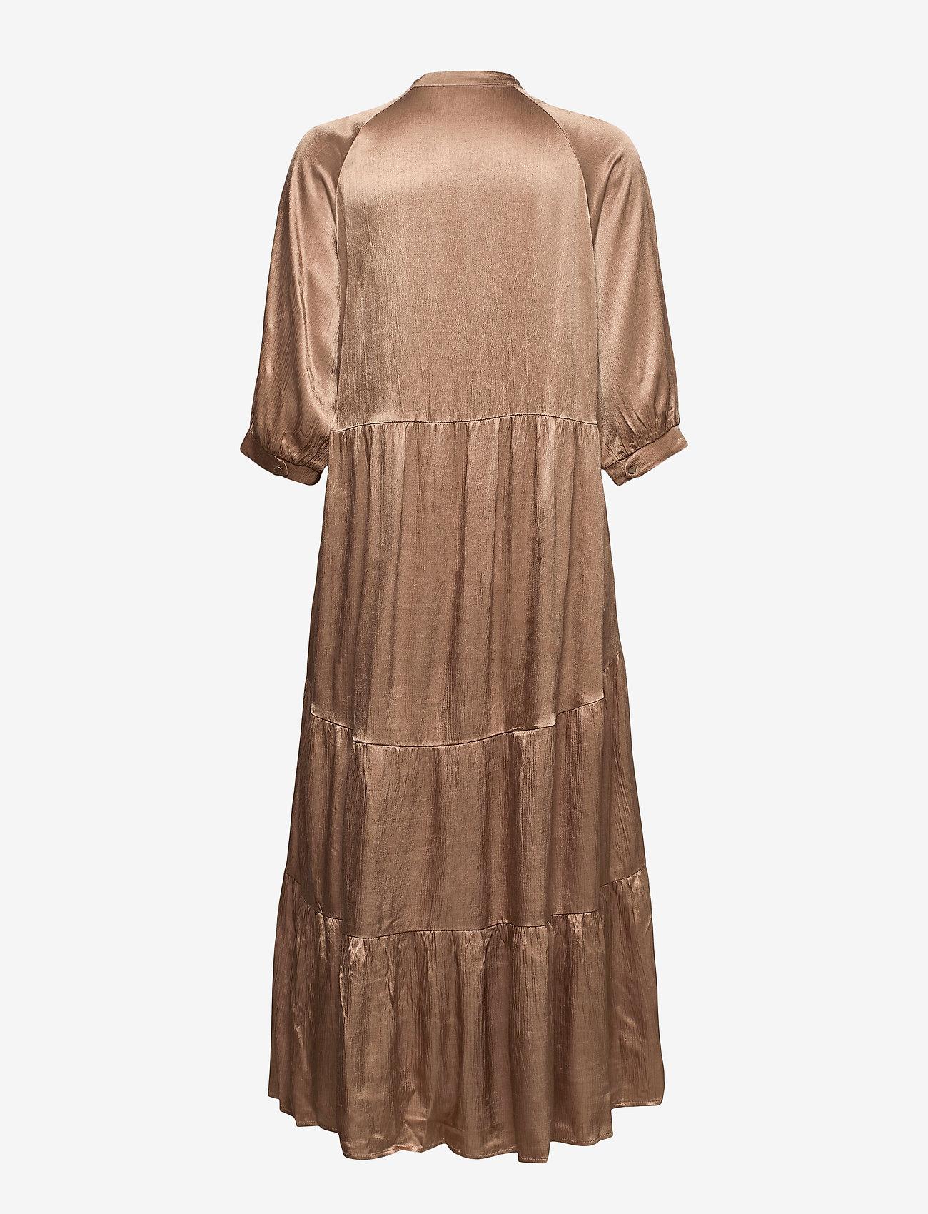 Coster Copenhagen - Long dress w. 3/4 sleeves - kveldskjoler - camel - 1