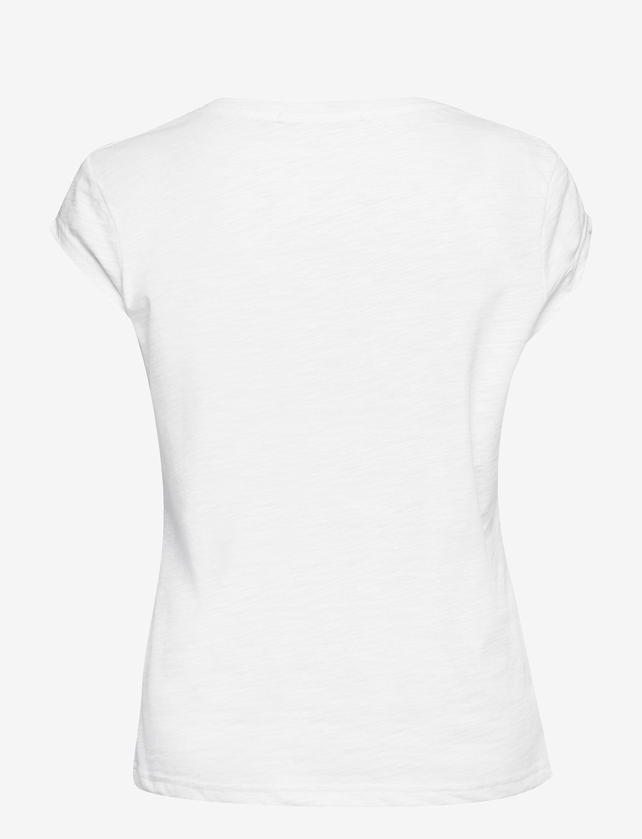 Coster Copenhagen - Basic tee w. v-neck - t-shirts - white - 1