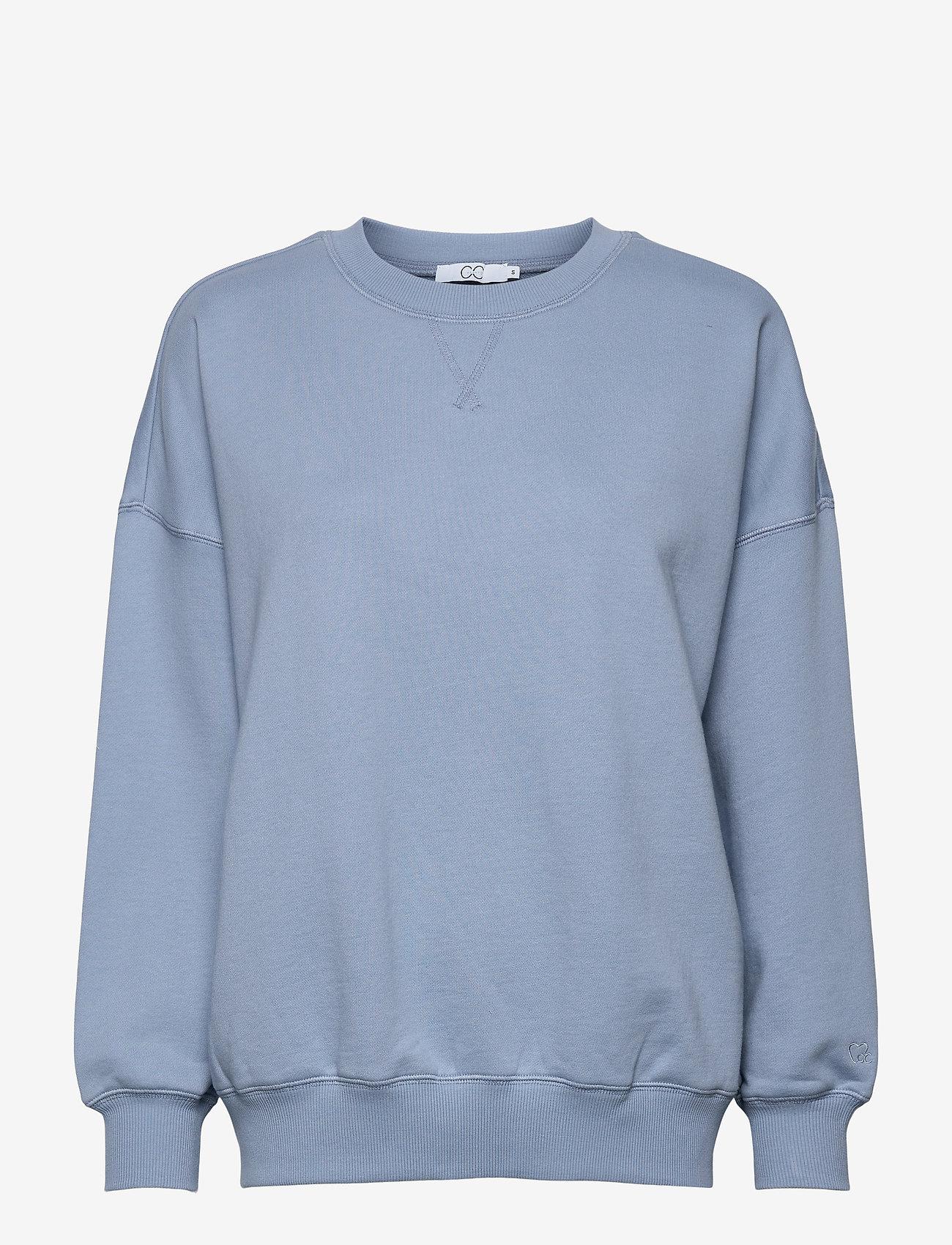 Coster Copenhagen - CC Heart oversize sweatshirt - Orga - sweatshirts & hættetrøjer - dusty blue - 0