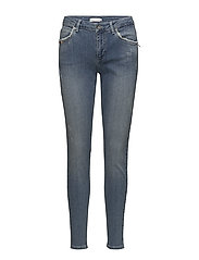 Stella fit jeans w. broken look - WASHED BLUE