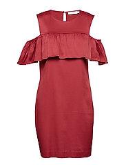 Dress w. off-shoulder ruffle - BRICK