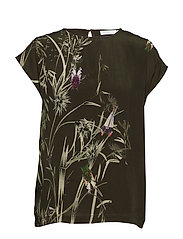 Top w. Autumn Fly print - HUNTER GREEN