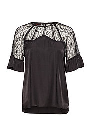 Top w. lace details and ruffle slee - BLACK