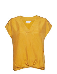 Top w. pleating details at hem - GOLD SPICE