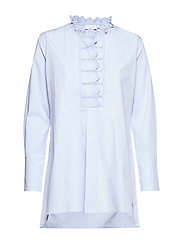 Blouse w. lace detail at chest and - POWDER BLUE