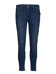 Relaxed Jeans in 7/8 length - INDIGO BLUE