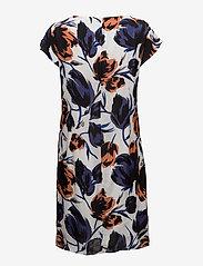 Coster Copenhagen - Dress w. dart in big flower print - lyhyet mekot - flower print - 1