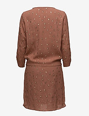 Coster Copenhagen - Dress w. foil print - short dresses - triangle foil print old rose - 1