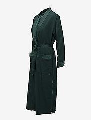 Coster Copenhagen - Long jacket w. shawl collar - light coats - emerald green - 2