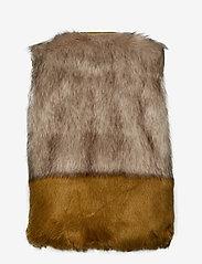 Coster Copenhagen - Vest in faux fur - vester - cress green - 1