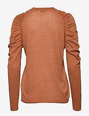 Coster Copenhagen - Knit in lurex w. volume at shoulder - pulls - camel - 1
