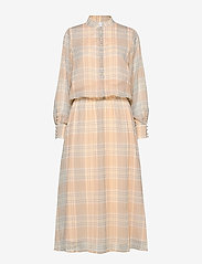 Coster Copenhagen - Dress long sleeved in check print - shirt dresses - check print - 0