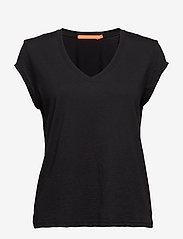 Coster Copenhagen - Basic tee w. v-neck - t-shirts - black - 0