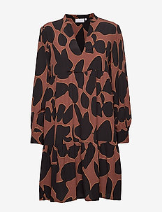 Dress in lava print w. volume effec - LAVA PRINT