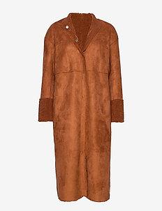 Reversible jacket w. curly look - CURLY BROWN