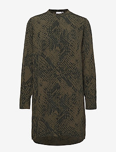 Tunic shirt in snake print - tuniques - snake print - night green