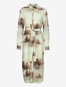 Shirt dress w. tie string - robes de jour - misty forest print